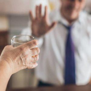 Помогает ли кодирование от алкоголя