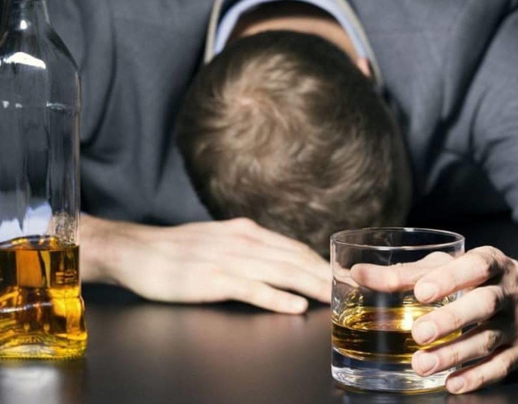 Сколько стоит вылечить алкоголика